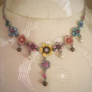 Cookie Lee Flower Necklace